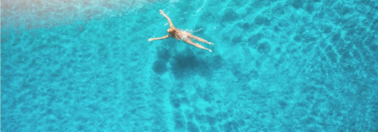 Deporte. Natación. Mar. Sol. Mallorca.